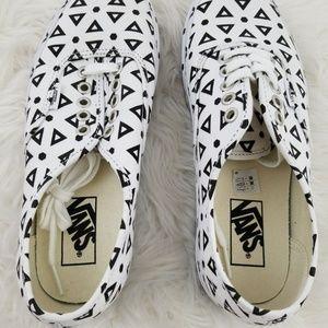 4cc7290b3eb88c Vans Shoes - Vans Authentic Mono Print Geo White Black W 8